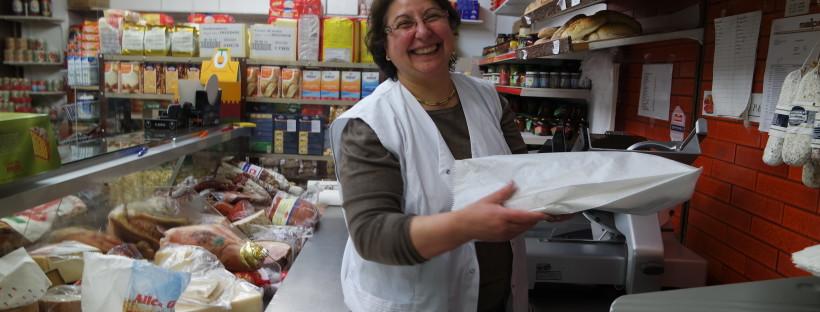 Rosaria Marsico verkauft italienische Feinkost mit Leidenschaft.