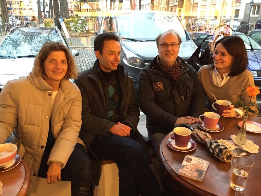 Bei frisch Gebackenem und heißem Kaffee war´s im Bukafski am Gartenfeldplatz besonders gemütlich...